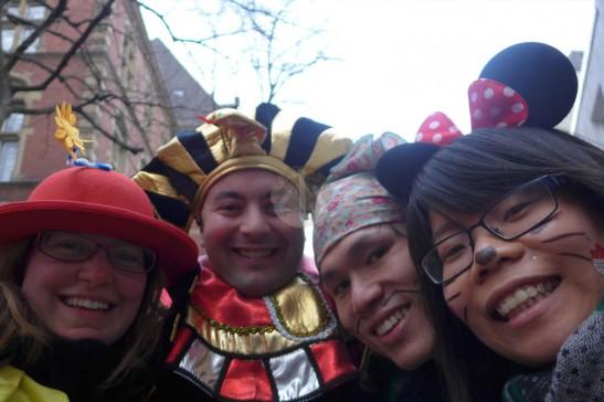 法老王和小丑太太,我們是米妮和猥瑣大盜,哇哈哈哈……