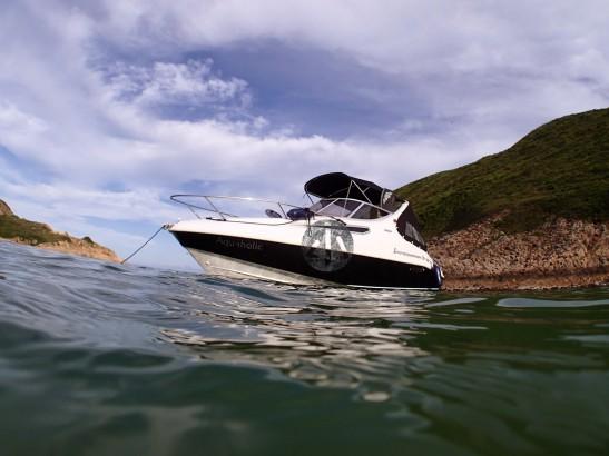 拋入海的船錨可能已經對水裡的珊瑚做成破壞。