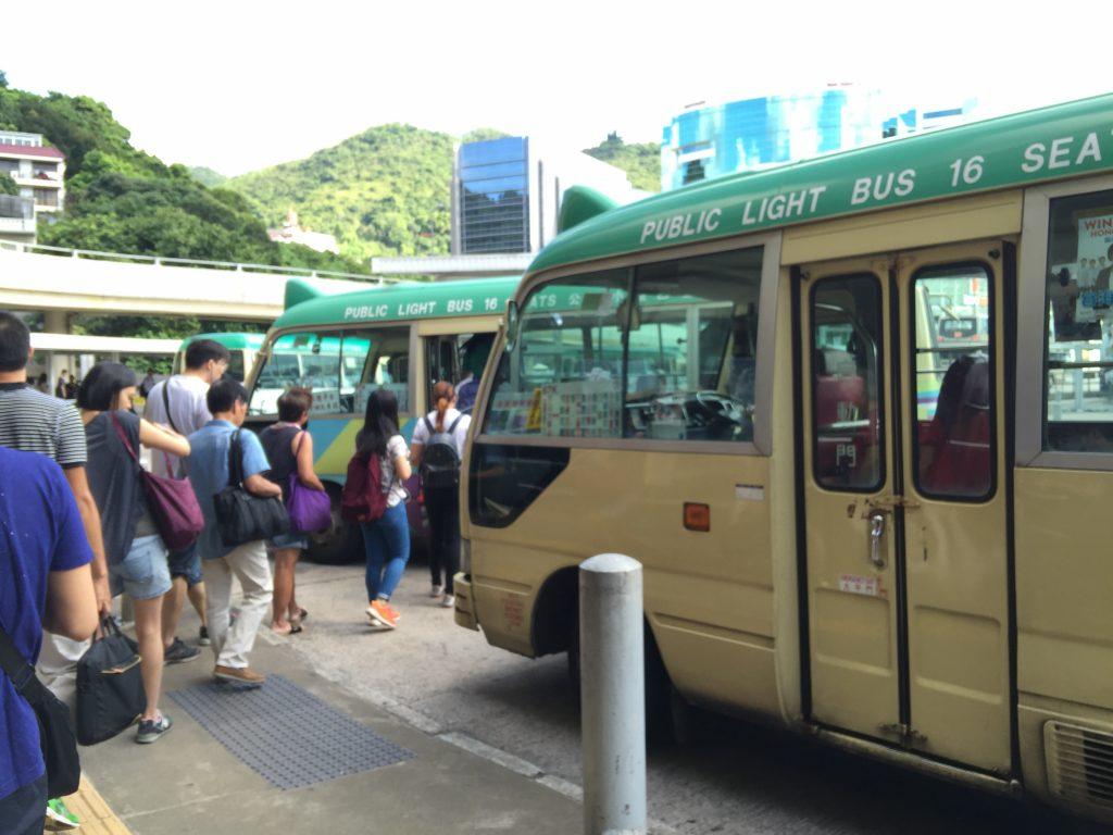 67K綠色專線小巴,一直是亞公角山唯一一種公共交通工具。